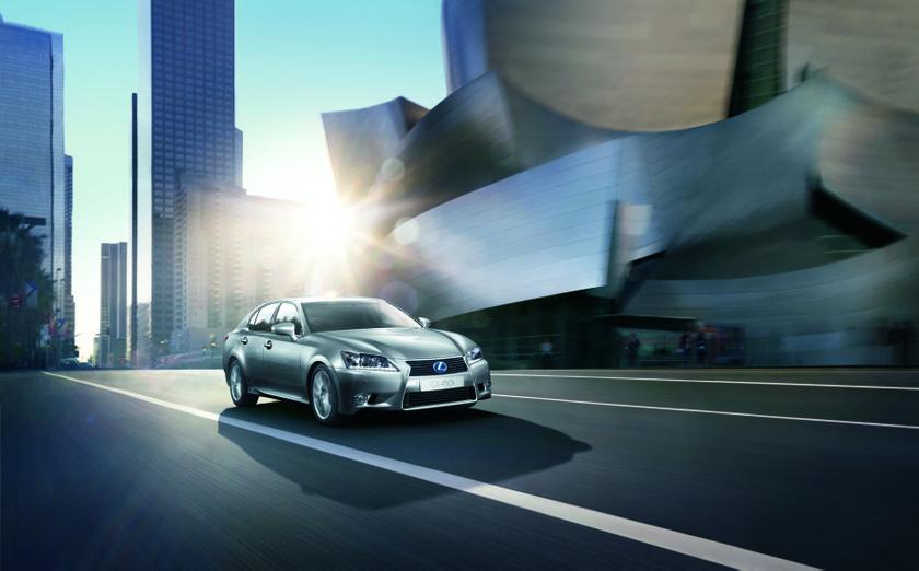 Lexus GS 450h 2 hi res