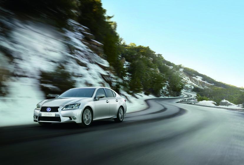 Lexus GS 450h 1 hi res
