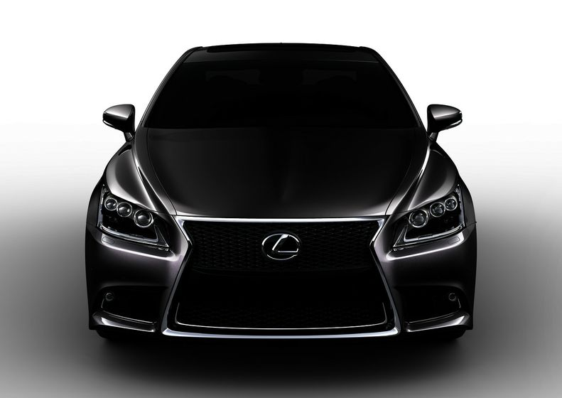 LS460F2013 Front US White ordermedium