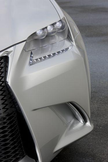 Lexus LF-Gh Concept teaser 002