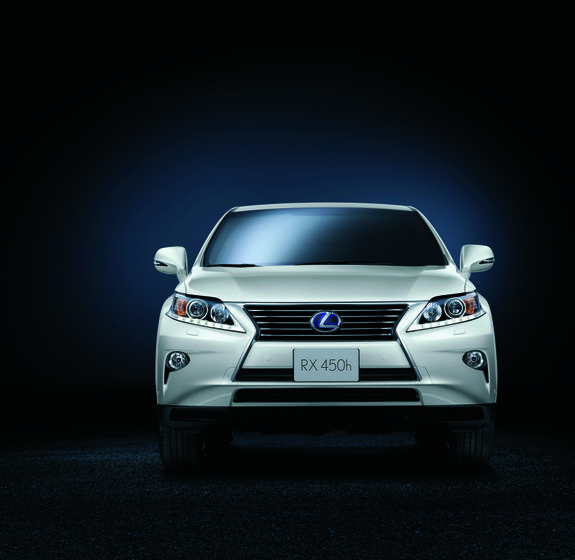 2013 Lexus RX 450h 003