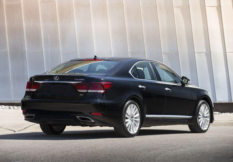 2013 Lexus LS460 11