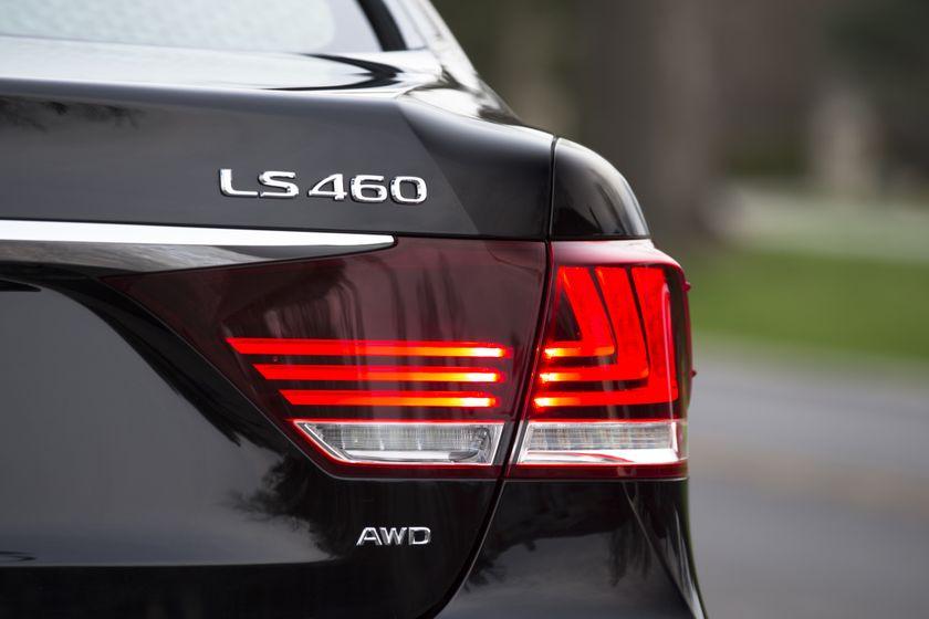 2013 Lexus LS460 27