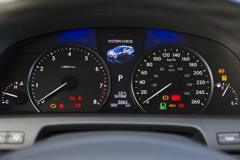 2013 Lexus LS460 35