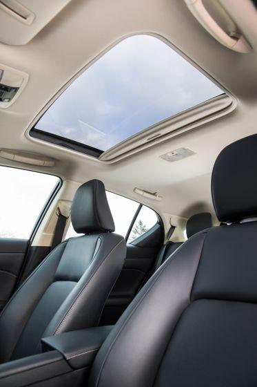14-16 Lexus CT200h 25