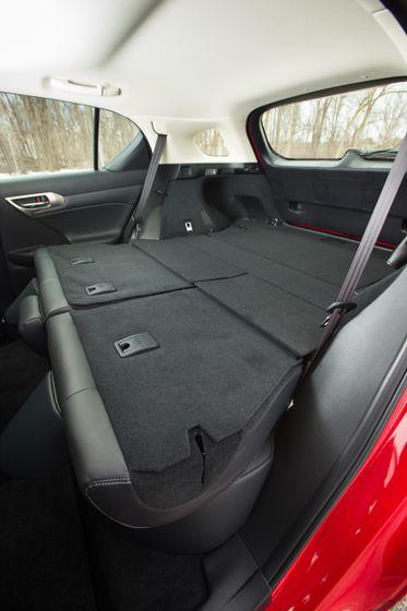14-16 Lexus CT200h 35