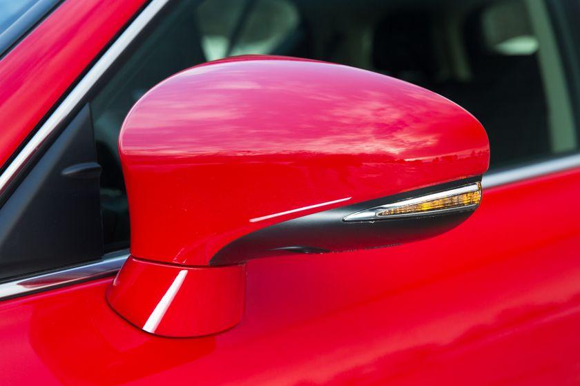 14-16 Lexus CT200h 18