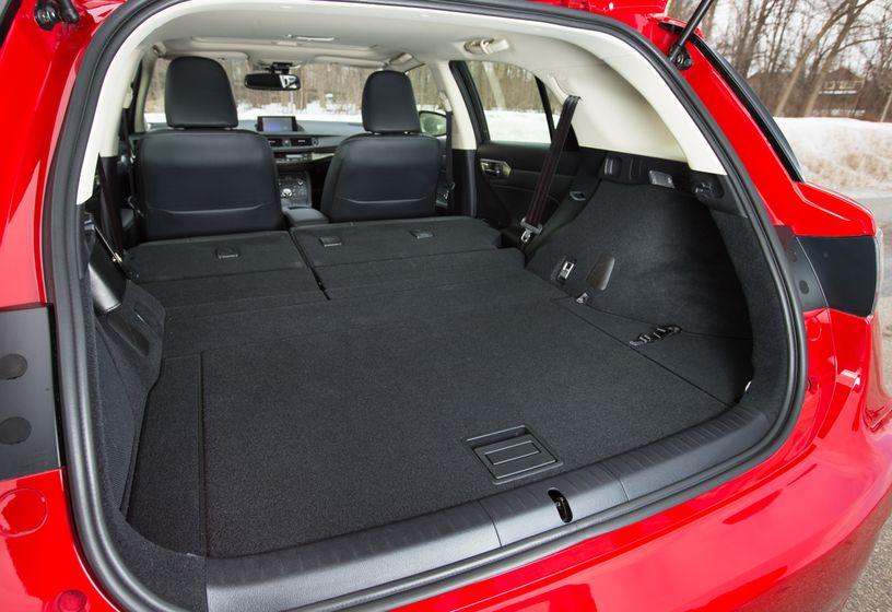 14-16 Lexus CT200h 36