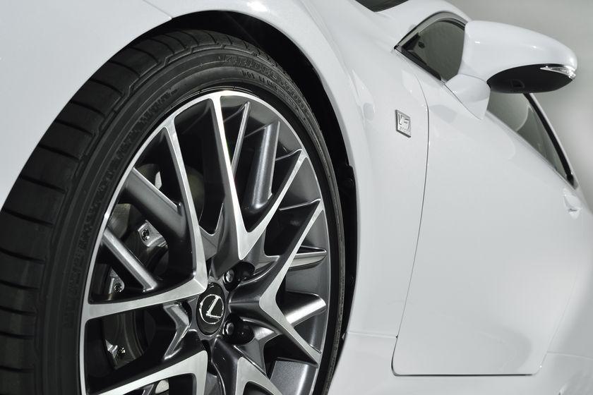 Lexus_RC_F_Sport_13
