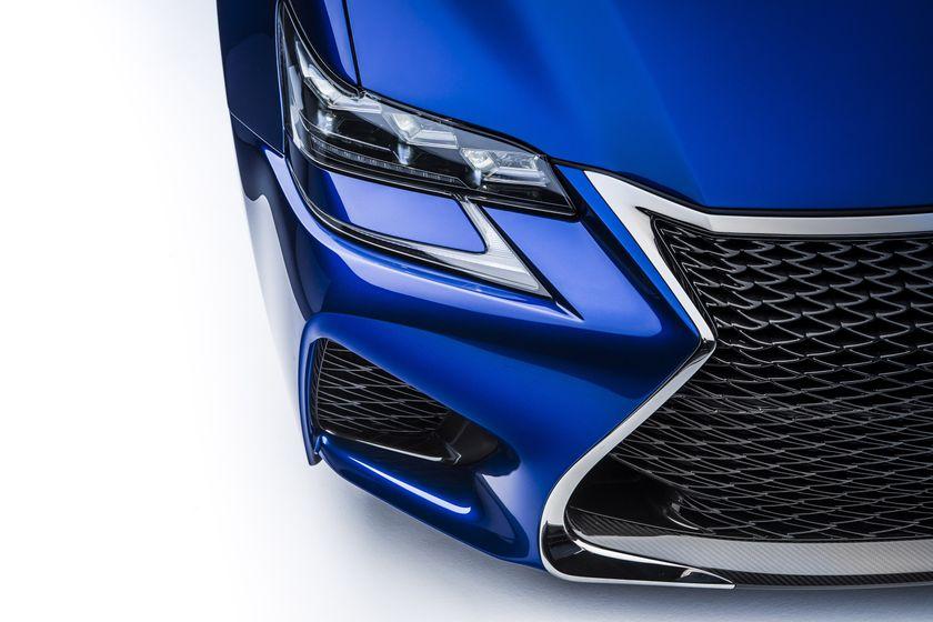 2016_Lexus_GS_F_014