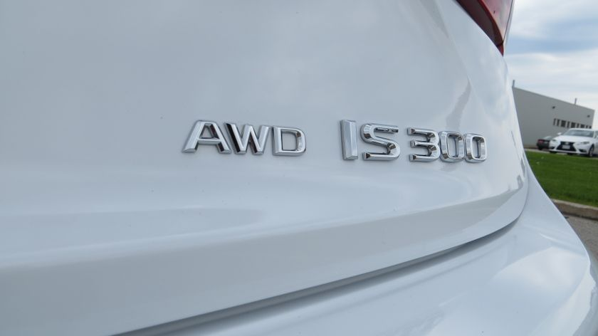 IS300AWD_2