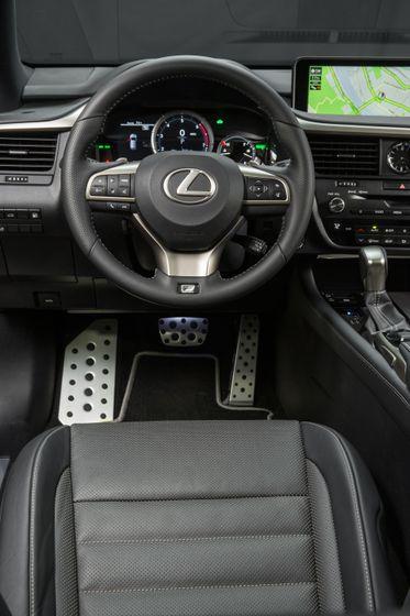 2016_Lexus_RX_450h_F_Sport_20