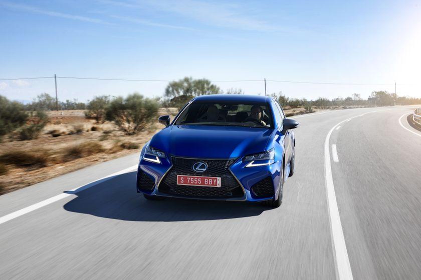 Lexus_GS-F_Blue_01