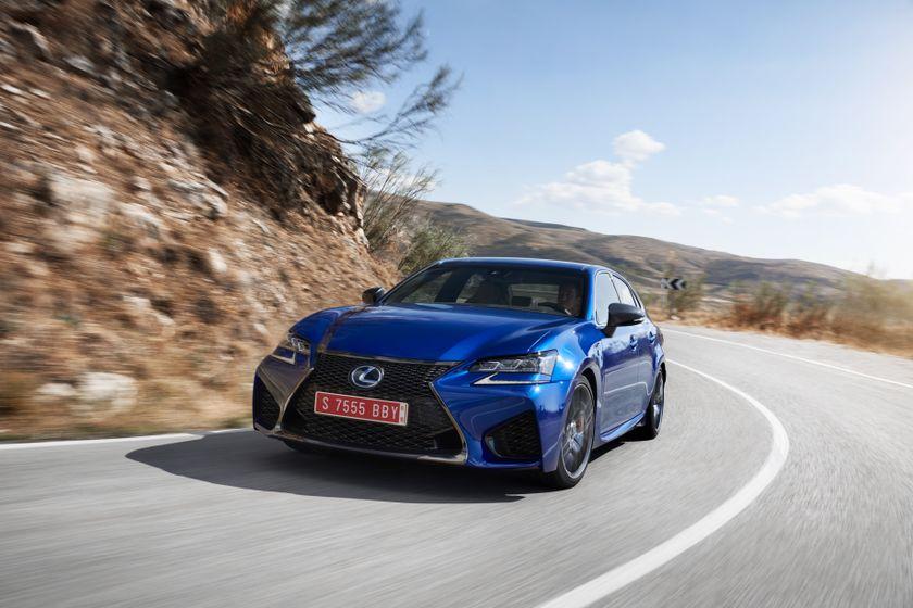 Lexus_GS-F_Blue_17