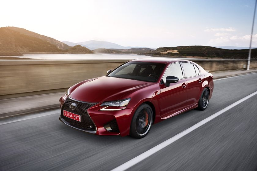 Lexus_GS-F_Red_01