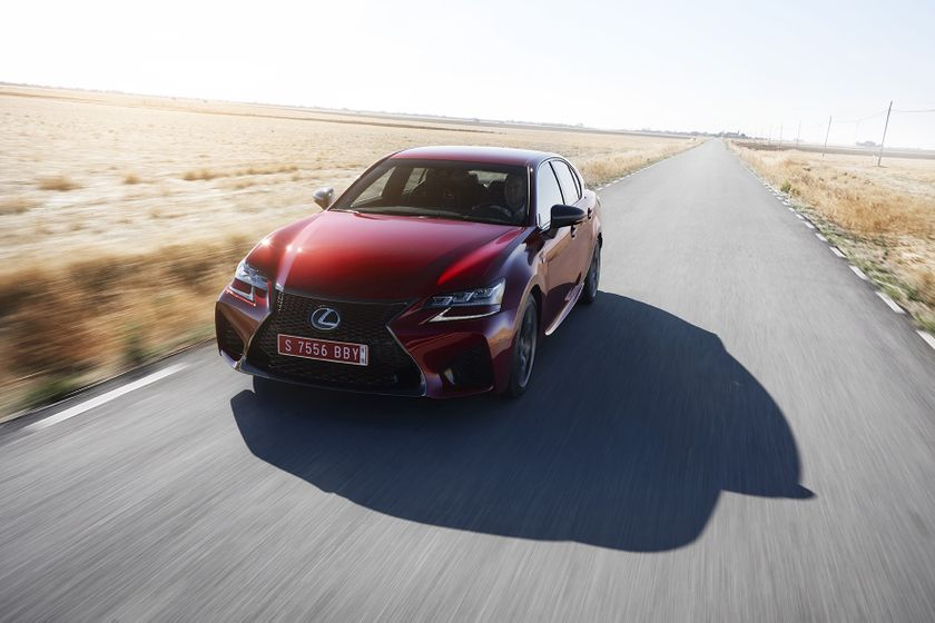 Lexus_GS-F_Red_13