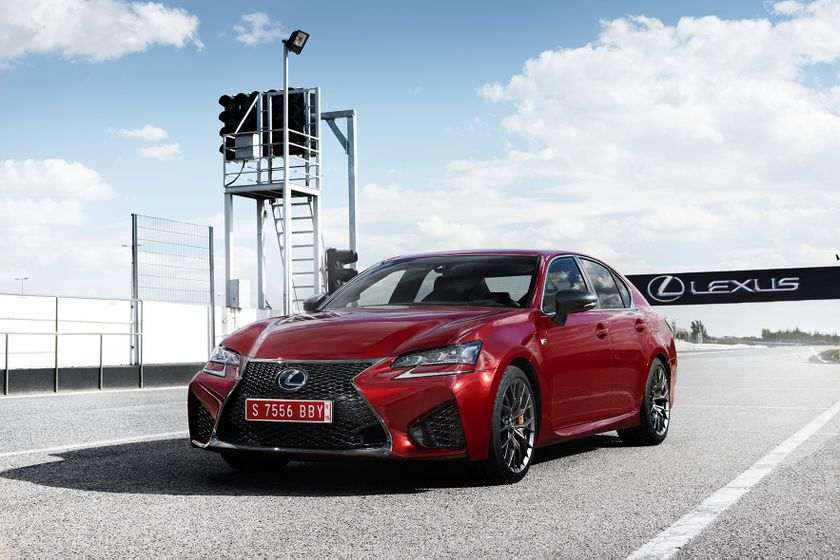 Lexus_GS-F_Red_16