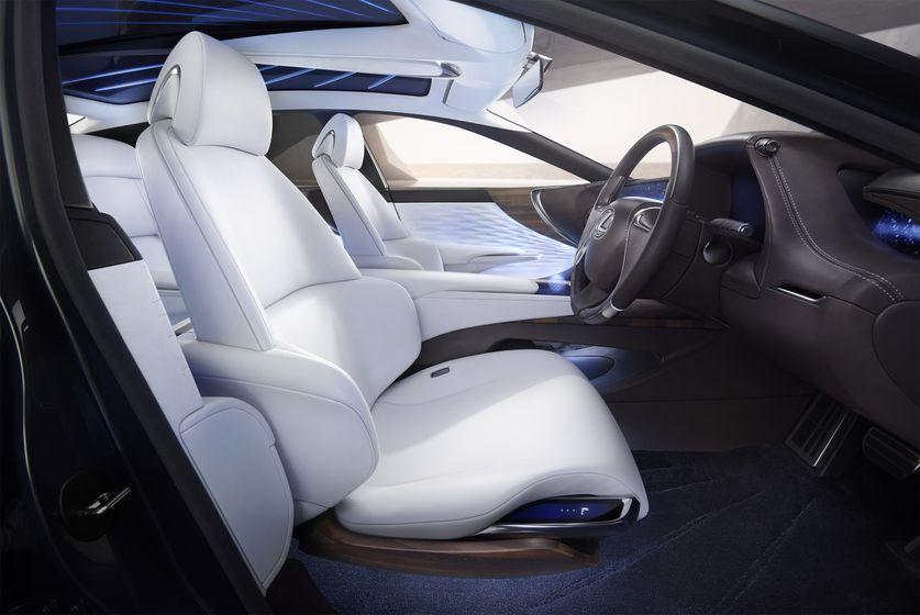 08_Fr Seat