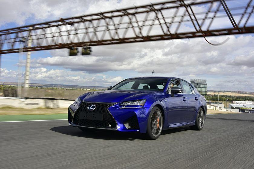 Lexus-GS-F_2016