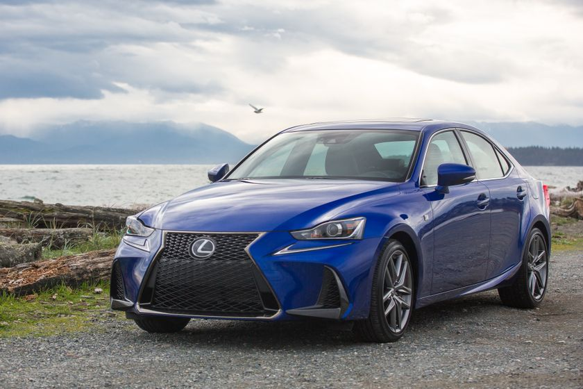 Lexus_200T_High_Res-4728