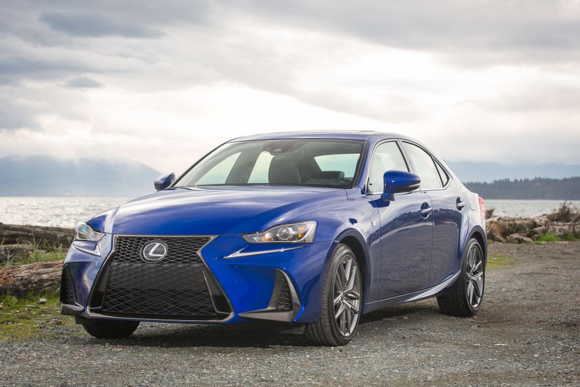Lexus_200T_High_Res-4739