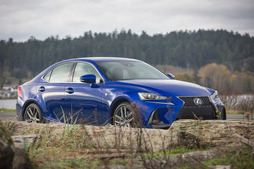 Lexus_200T_High_Res-4754