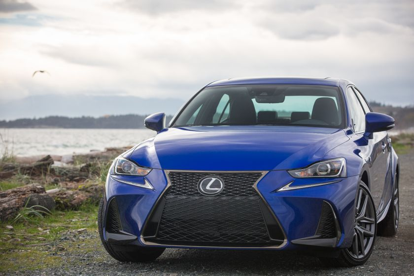 Lexus_200T_High_Res-4782