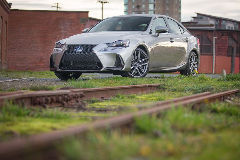 Lexus_350_AWD_HM_Silver_High_Res-5081