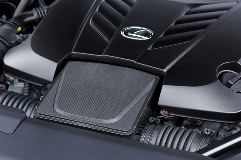 2017_Lexus_LC500_DarkGrey_ExteriorDet_5