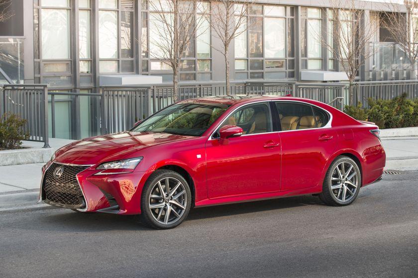 2016_Lexus_GS350-4