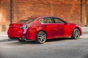 2016_Lexus_GS350-10