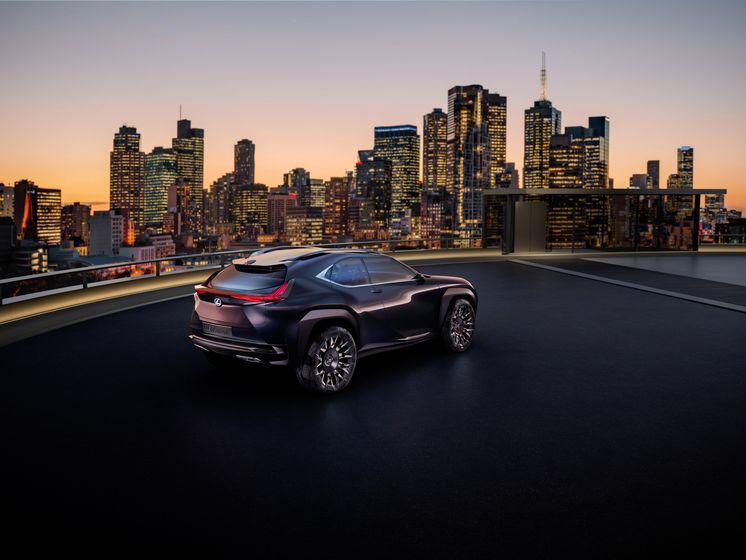 Lexus UX Concept 2016 - Paris Motor Show - 003