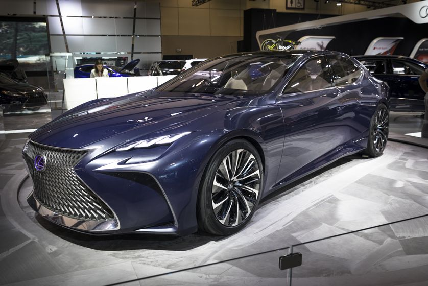 Lexus LF-FC Reveal-1