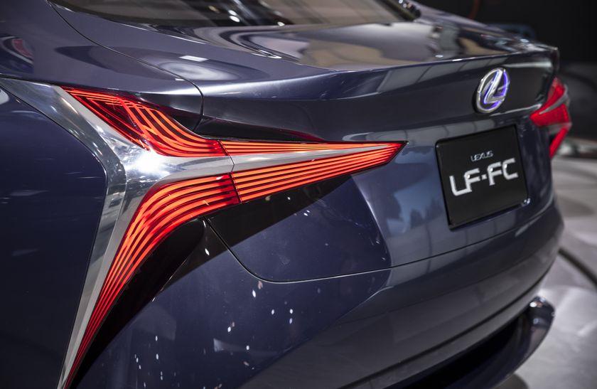 Lexus LF-FC Reveal-5