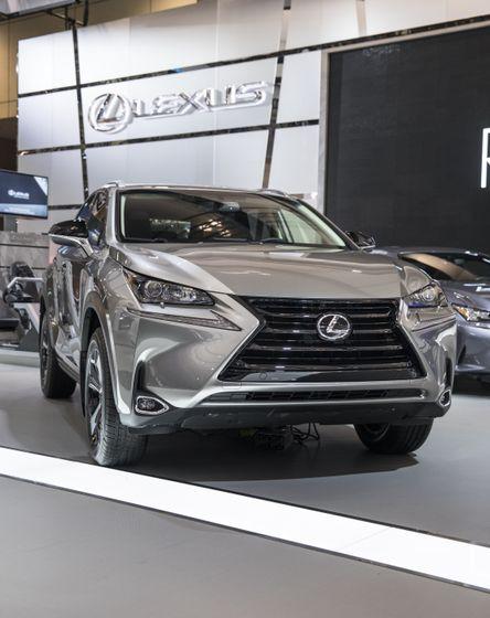 Lexus NX200t-3