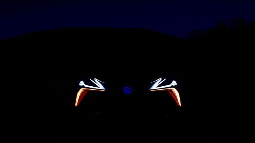 Lexus_L_F_1_Limitless_Concept_Vehicle_01_4EA7D5B4DB8AE71C225623E1A8C829B320F7DF0C