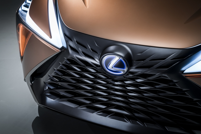 Lexus LF-1 Limitless 42