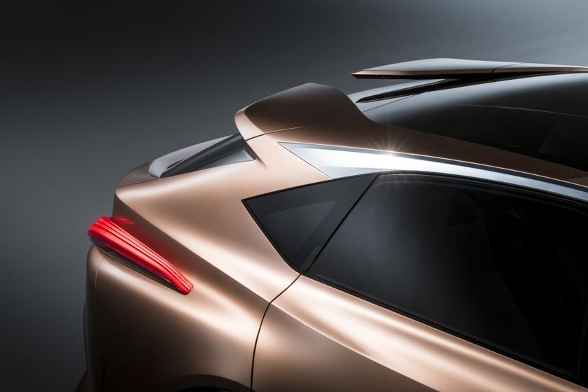 Lexus LF-1 Limitless 55
