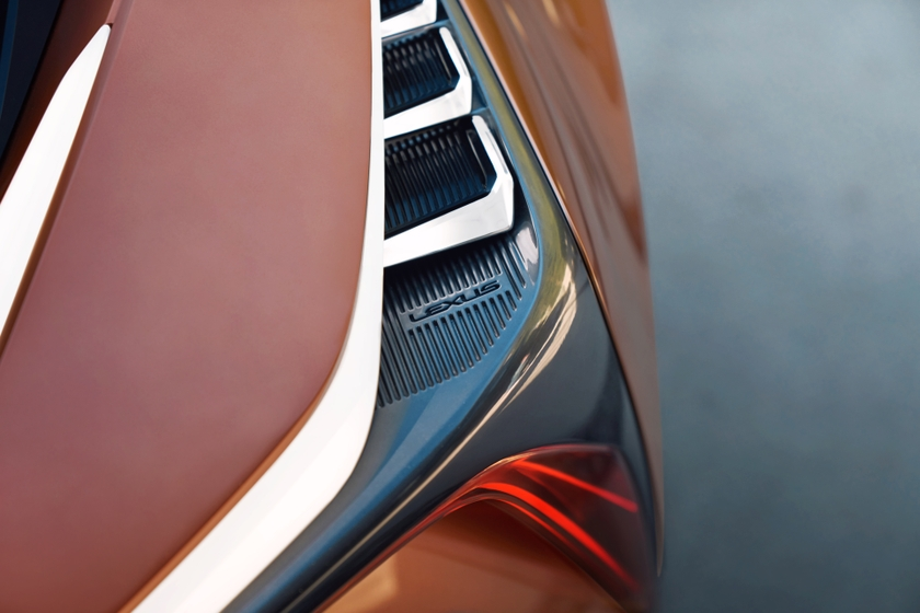 Lexus LF-1 Limitless 36