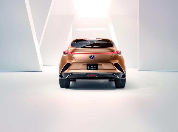 Lexus LF-1 Limitless 09