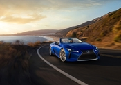 2021 Lexus LC 500 Convertible 01