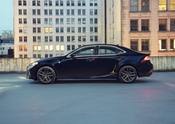 Lexus IS Black Line 02