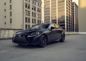 Lexus IS Black Line 10
