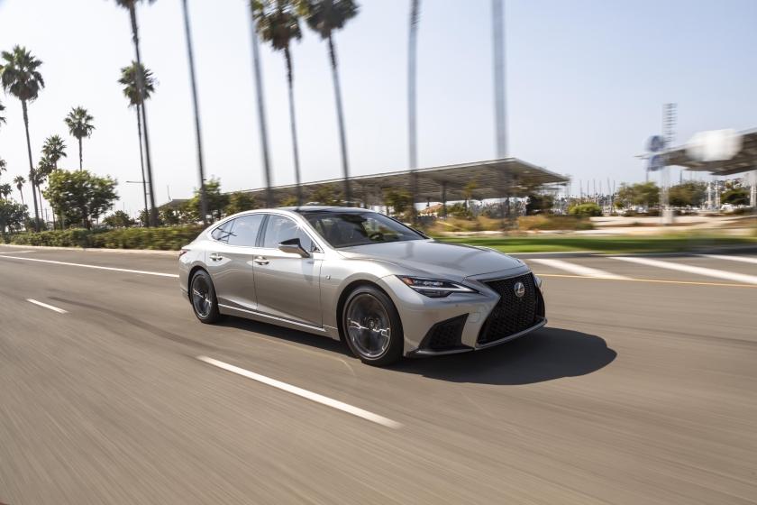 2021_Lexus_LS-500_F-Sport_Atomic_Silver_008