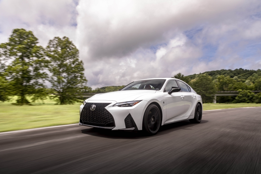 Ultra White 2021 Lexus IS 350 F-Sport 040