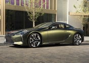 2021_Lexus_LC500-10