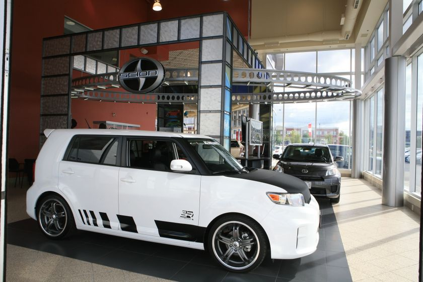 Scion Dealerships Open for Business 8