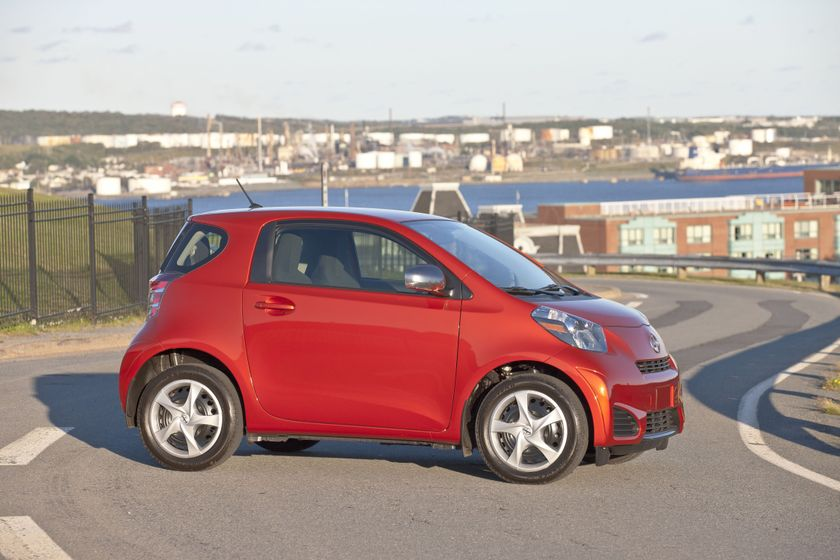 2012 Scion iQ 071