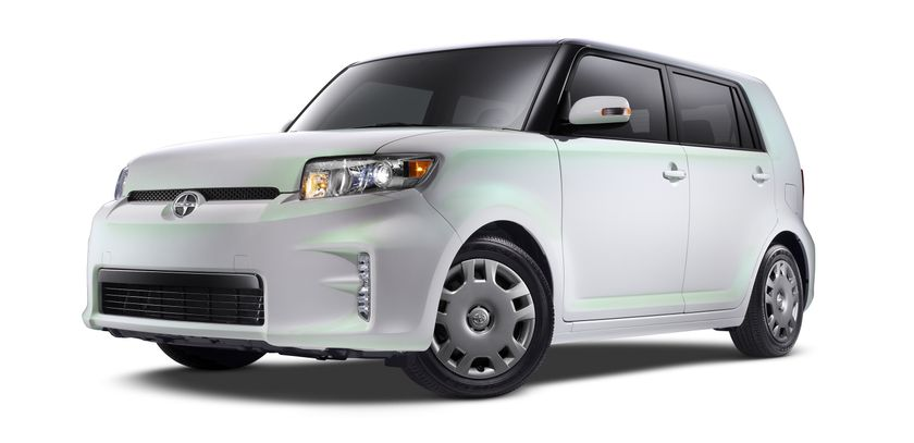 2014 Scion xB RS10 001