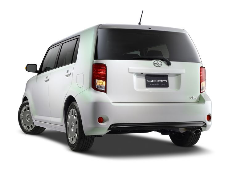 2014 Scion xB RS10 003
